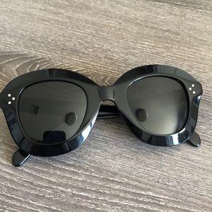 b70e5f9861482 Celine Accessories - New Celine Lola CL 41445 S black sunglasses 🕶